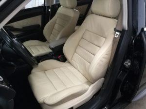 Renowacja skóry Audi A6 - fotele